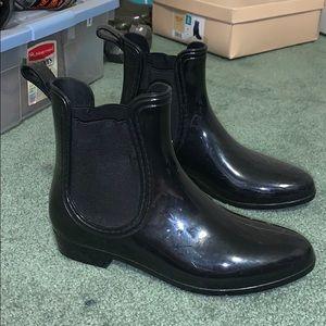 Black Light Weight Rain/Duck Boots